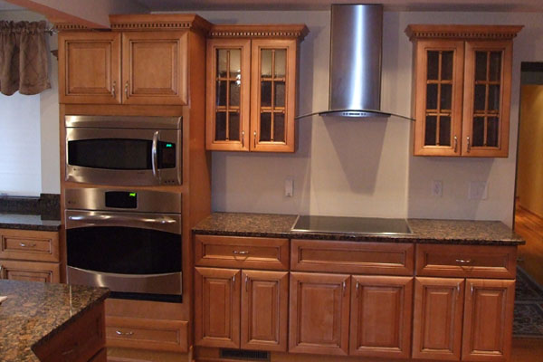 Cheap kitchen cabinets kitchen cabinet value for Budget kitchen cupboards